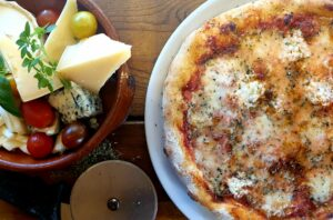 Pizza en Cala Santanyi Restaurant